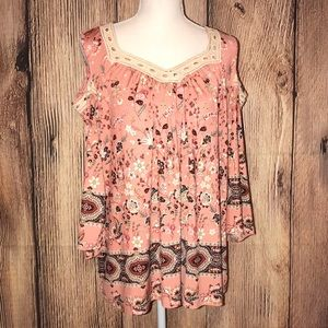 STYLE & CO MEDIUM PEACH & CREAM COLD SHOULDER TOP